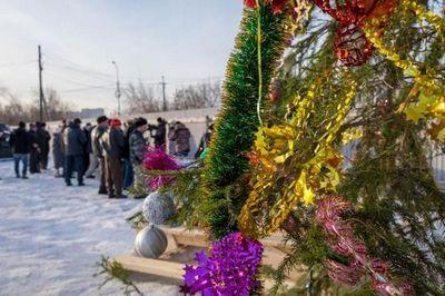 Тюменцы подарили новогоднее настроение людям со сложной судьбой