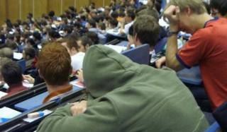 Трое из четырех молодых россиян не хотят работать в россии