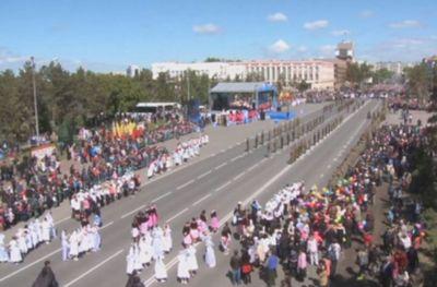 Тысячи воздушных шаров запустили павлодарцы в честь дня победы