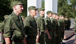 Уголовникам предложат пойти вместо тюрьмы в армию