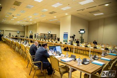 В астане завершилось третье заседание комиссии по земельной реформе