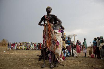 В южном судане изнасилованы сотни женщин из лагеря для беженцев
