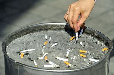 В минувшие выходные москва отвыкала курить в ресторанах репортаж газеты.ru