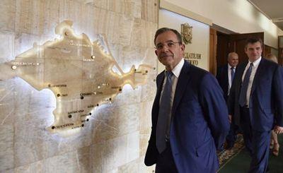 В париже «нежно потроллили» французских депутатов за визит в крым - «наука»