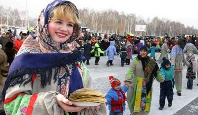 В россии празднуют масленицу