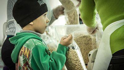 В россии в два раза вырос объем продуктовых пожертвований