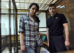 В суде по делу об убийстве маркелова и бабуровой допрошены последние свидетели обвинения