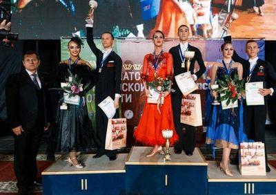 В тюмени отгремел кубок губернатора по танцевальному спорту