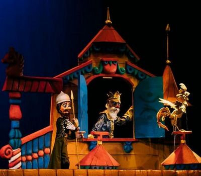 В тюменском театре кукол состоялась премьера спектакля золотой петушок