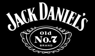 В виски jack daniel`s нашли отраву для клещей