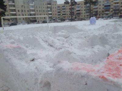 Вандалы разгромили детский городок, построенный военными чебаркуля в 30-градусный мороз - «новости челябинска»