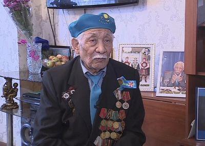 Ветеран войны мнайдар боранбаев отмечает 90-летие