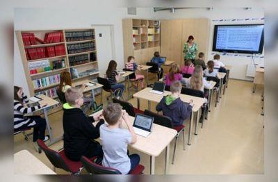 Вэстонском кейла передумали ликвидировать единственную русскую школу - «общество»