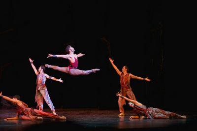 Восходящая звезда казахстанского балета бахтияр адамжан получил гран-при в турции