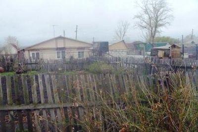 «Забористый» конфликт: известного садовода из южноуральска «таскают» по судам за неправильный забор - «новости челябинска»