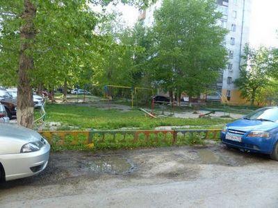 Жители ленинского округа хотят, чтобы власти обратили внимание на их дворы